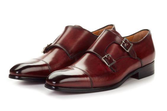 O que é um sapato modelo monk?