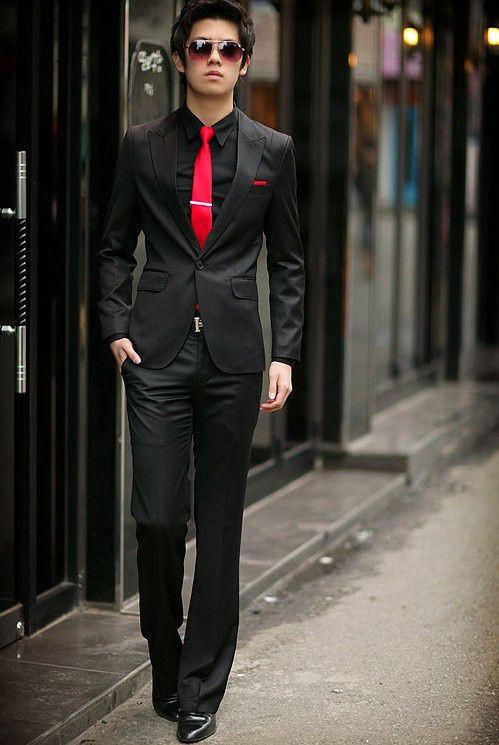 Não use camisa preta com gravata