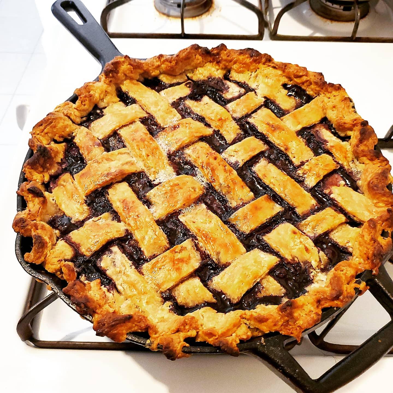 Summer Berry Pie (Blueberry or Cherry)