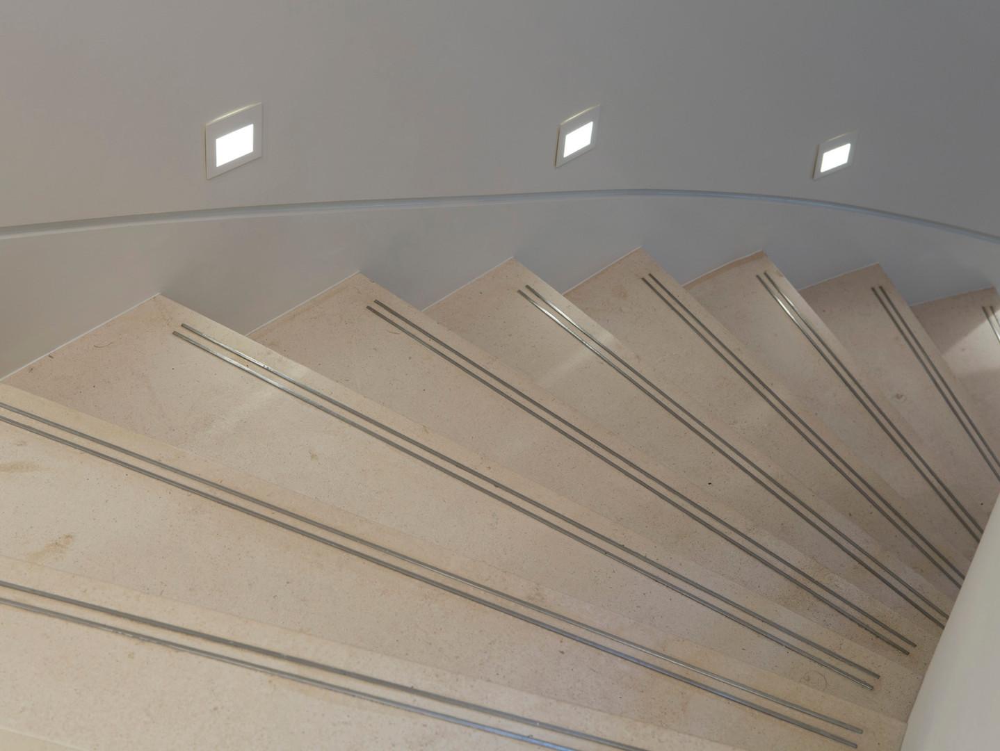 TH3_Limestone _stair_detail.jpg