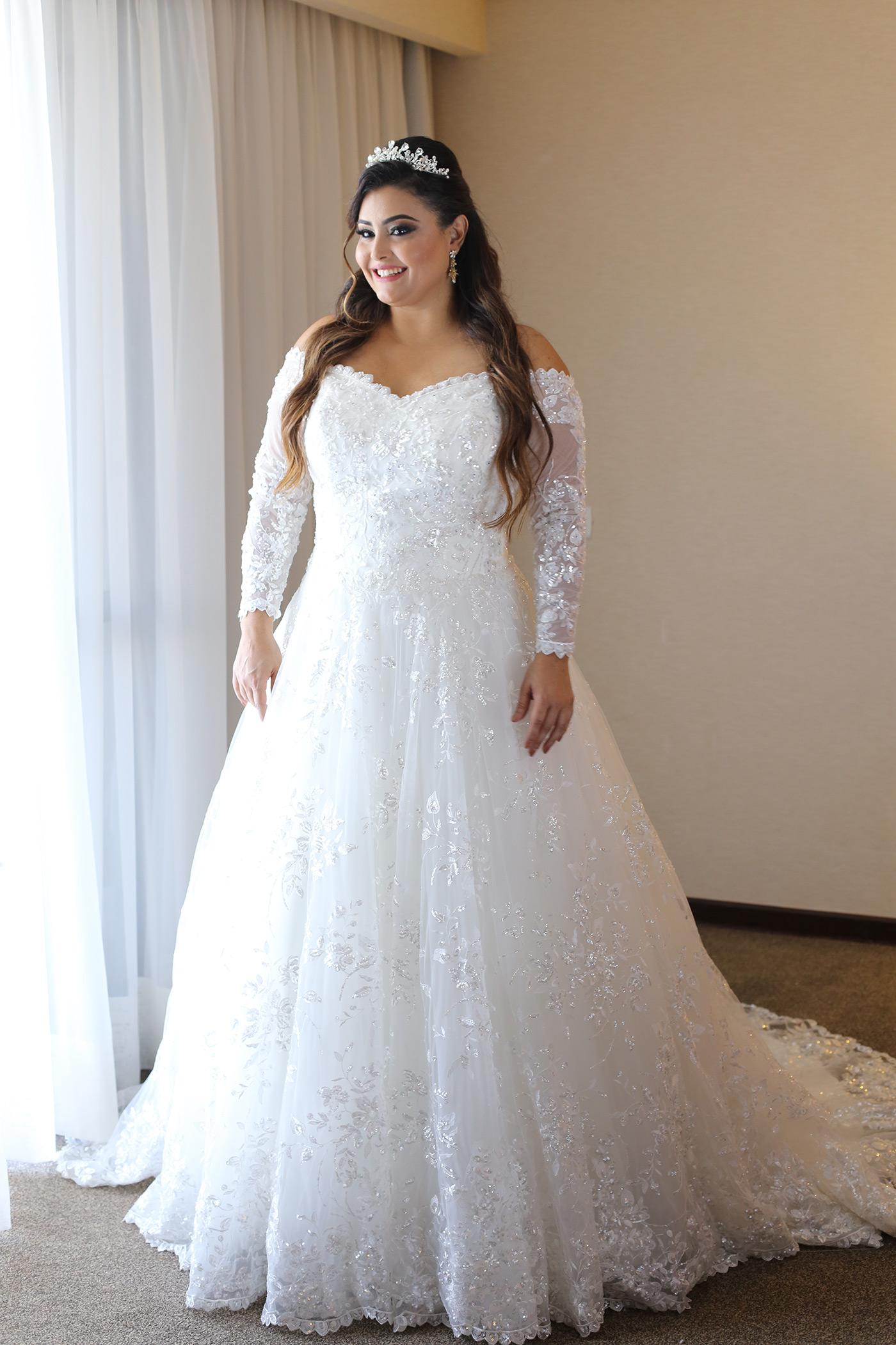 f2506ad6dcc0 Vestido de Noiva Plus Size