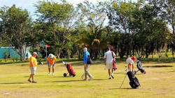 Golfing in Consejo Shores