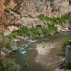 SluiceBoxes_Kayakers_MattMendelsohn_0221_Montanaparks