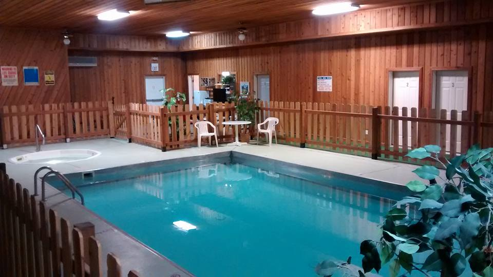 Cougar Canyon Pool n Hot Tub