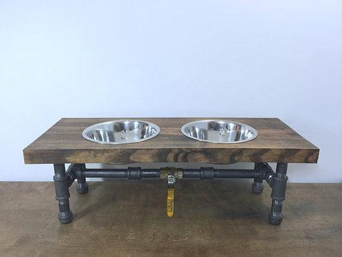 Alimentador industrial para perro