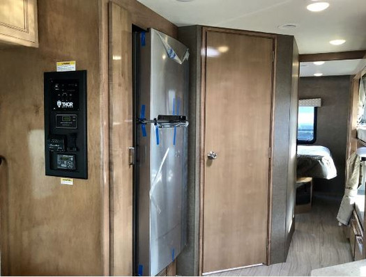 Full-size refrigerator.JPG