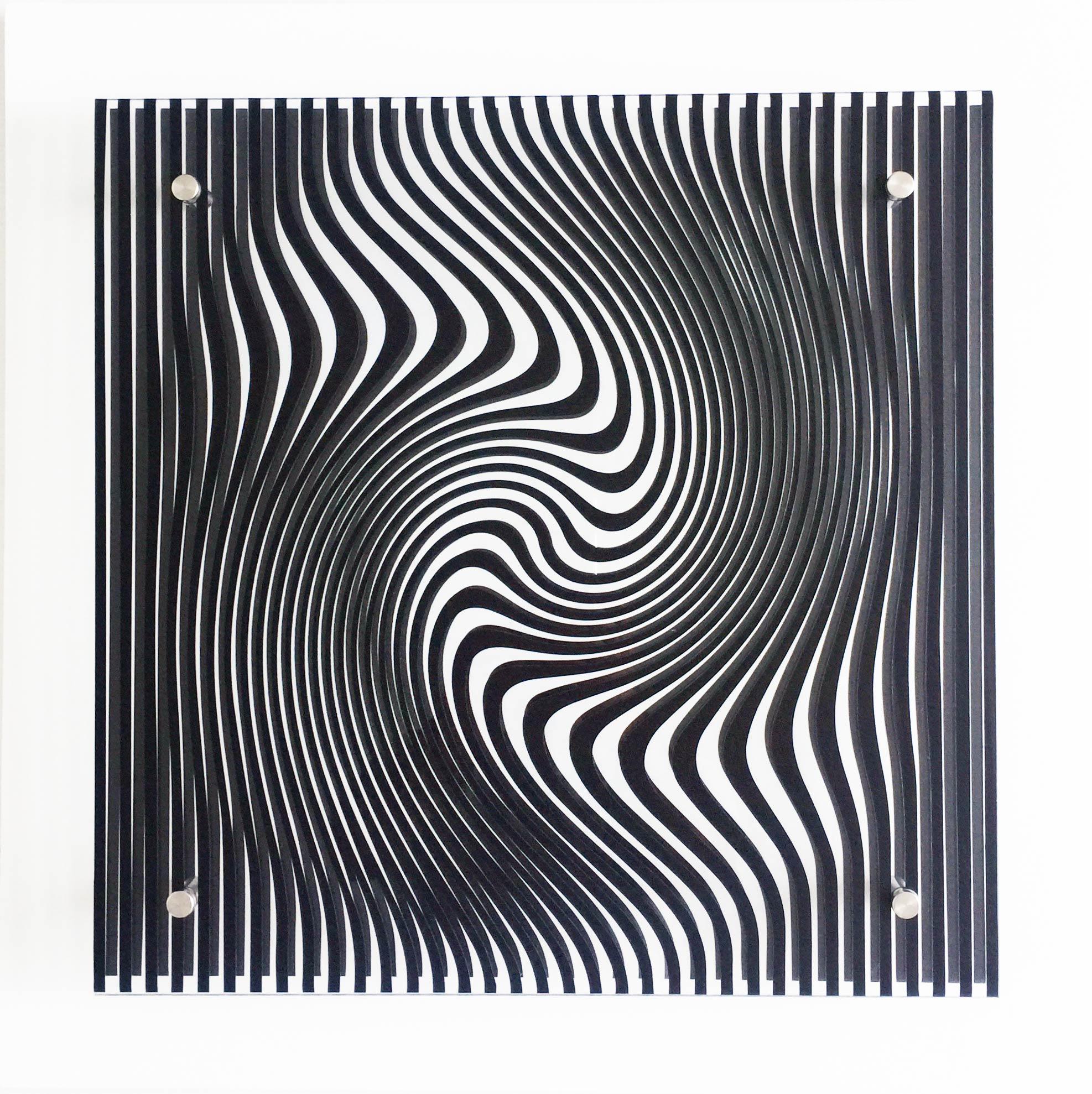 Ecliptic Illusion