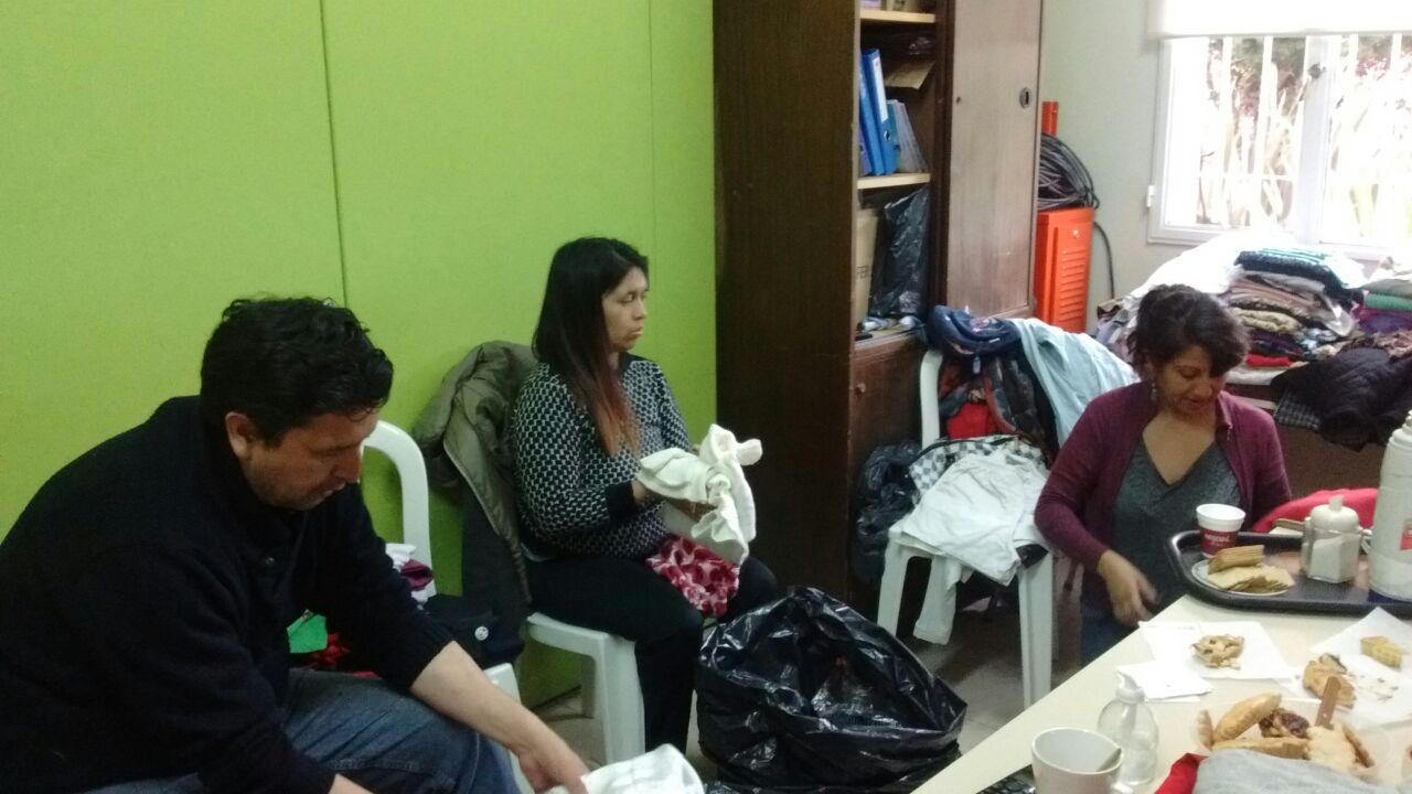 Las familias de los chicos que asisten al Centro de Aprendizaje buscan soluciones a la falta de trabajo (3)