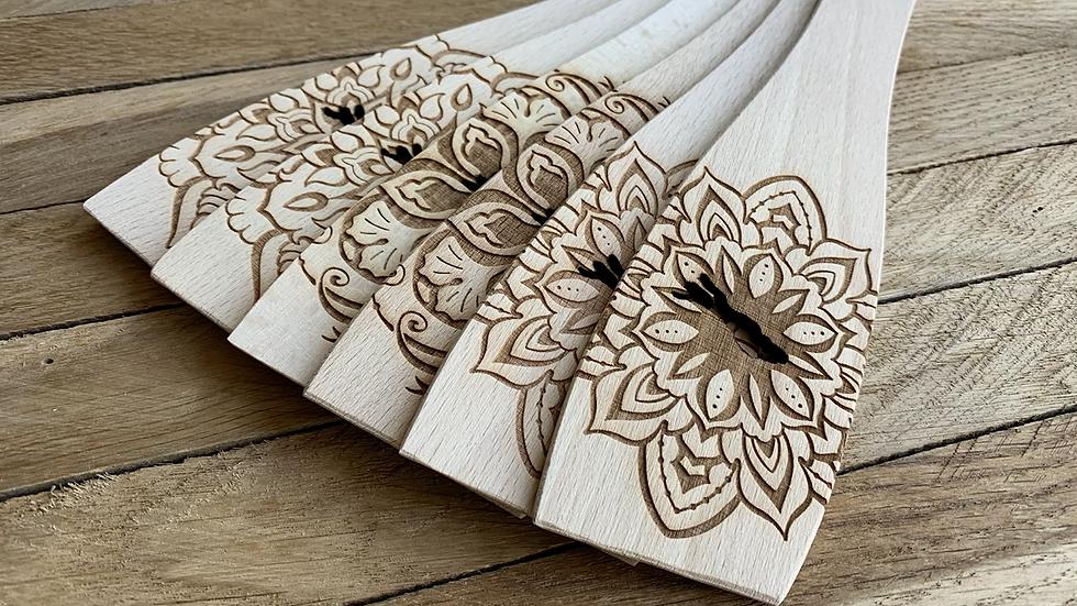 Pfannenwender aus Buchenholz