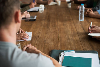 people-meeting-seminar-office-concept_53