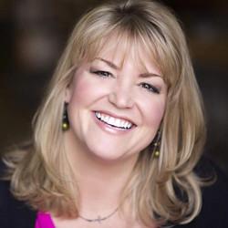 Amy Johnson headshot from Cathy