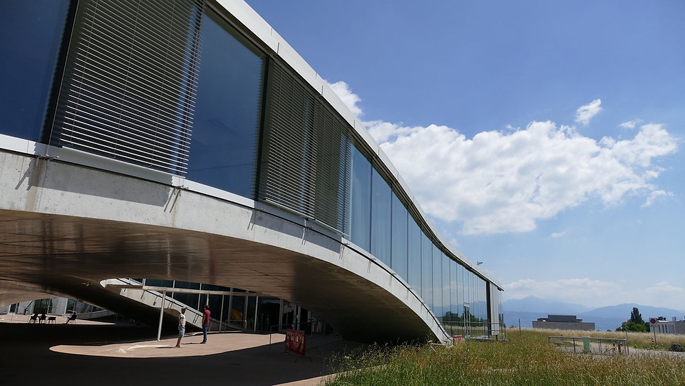 EPFL Lausanne Switzerland Innovation LOC Consulting