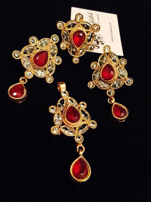 Heer 24k Gold plated Kundan & rubies Pendent Set