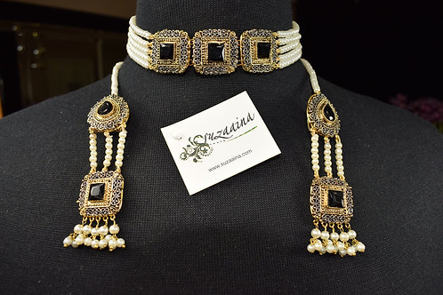 Zoyal 22k Gold plated Handcrafted Choker Set.