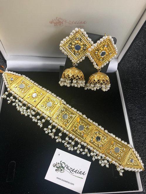 Savera 22k Gold plated Handcrafted Kundan Choker Set.