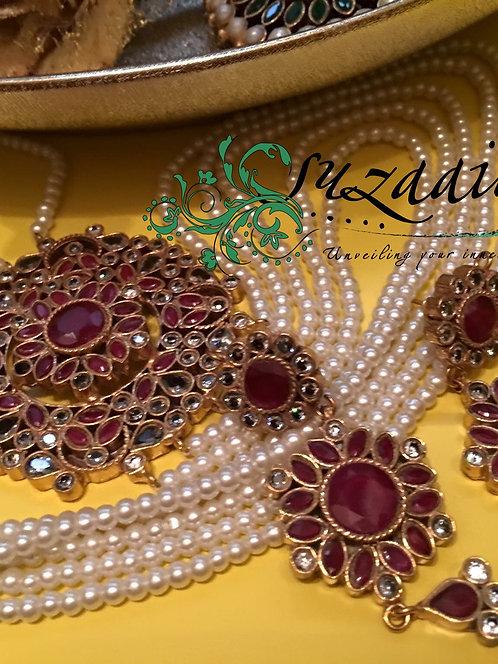 Jahan Razya Sultana Gold Plated Broach Mala Set