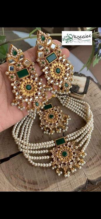 Joyal Kudan and Pearls Choker Set.