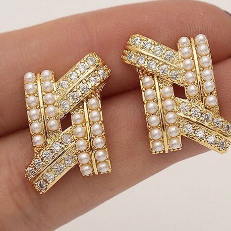 Fahad 22k Gold plated Pearls and zircon Earrings .