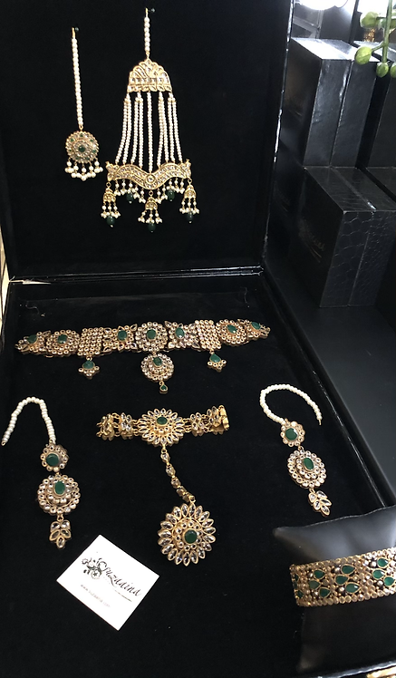 Hira 22k Gold Plated Handcrafted Kundan Choker Set.