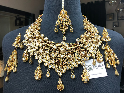 Ambeer 22k Gold Plated Handcrafted Kundan Set.