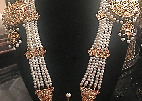 Aira 22k Gold plated Handcrafted Pearl and Kundan Mala Set
