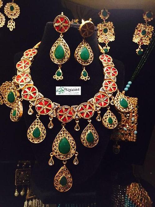 Sareen Gold plated Handcrafted Kundan Bridal Set