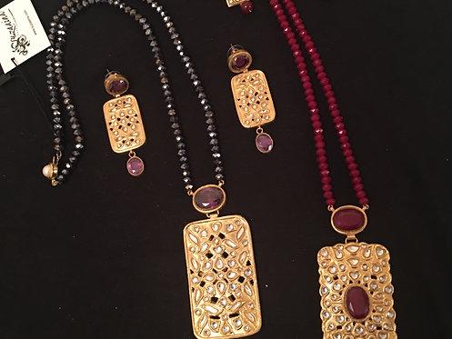 Zarnish Gold Plated Hand Crafted Kundan Pendant Mala Set