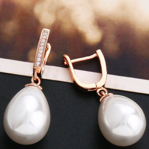 Moonlight Rose Gold plated Pearl Earrings.