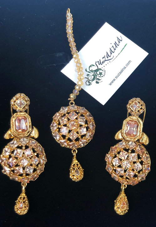 Sboohi 22k Gold plated Tikka and Earrings Set.