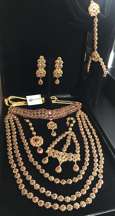 Maikal 22k Gold plated Handcrafted Choker Bridal Set