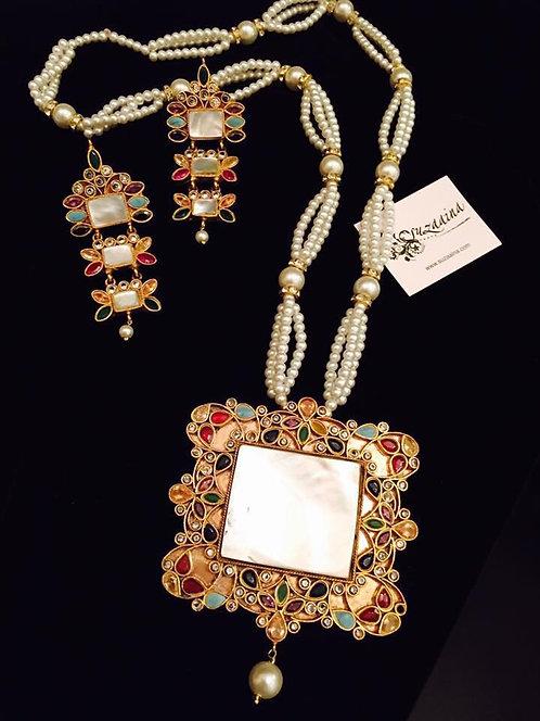 Sajal Gold plated Handcrafted Kundan and Pearls Mala Set