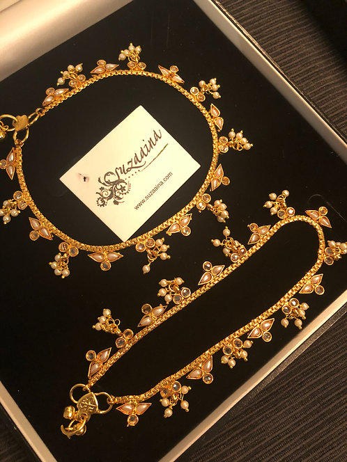 Somya 22k Gold plated Kundan and Pearls Anklet.