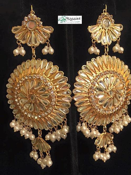Kundan and pearls earrings