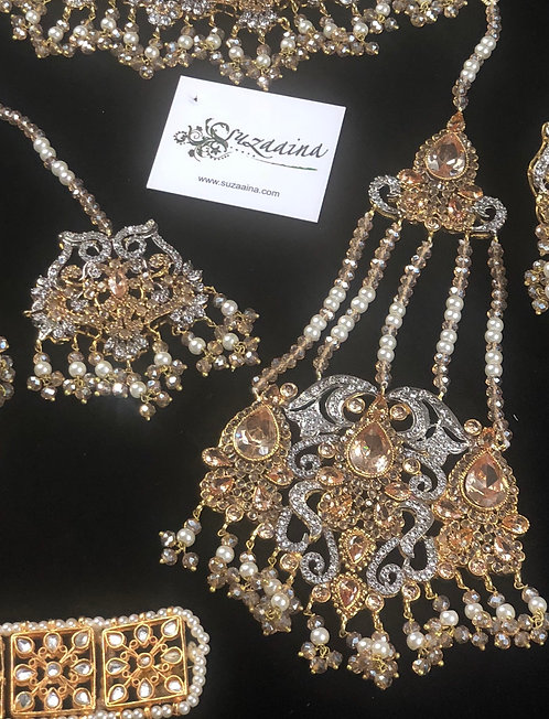 Mahiwal 22k Gold plated Jhumer Tikka Set.
