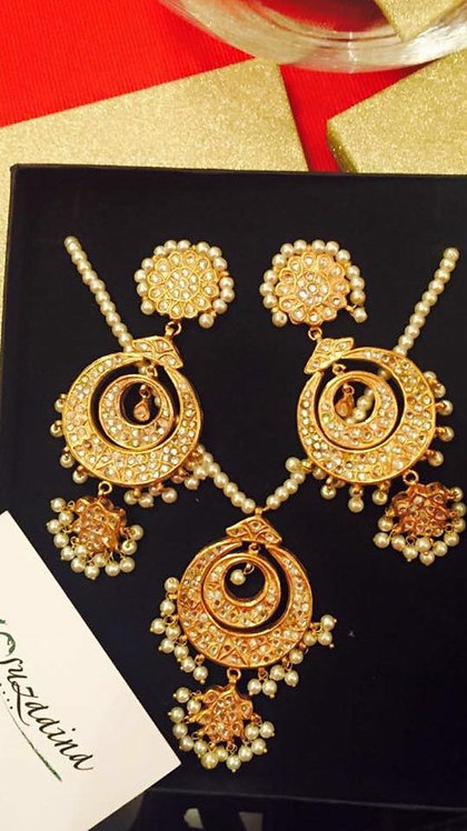 Chand Gold plated Handcrafted Kundan & Pearl Mala Set.