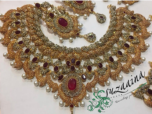 Nomil 22k Gold plated Handcrafted Diamond polki Set.