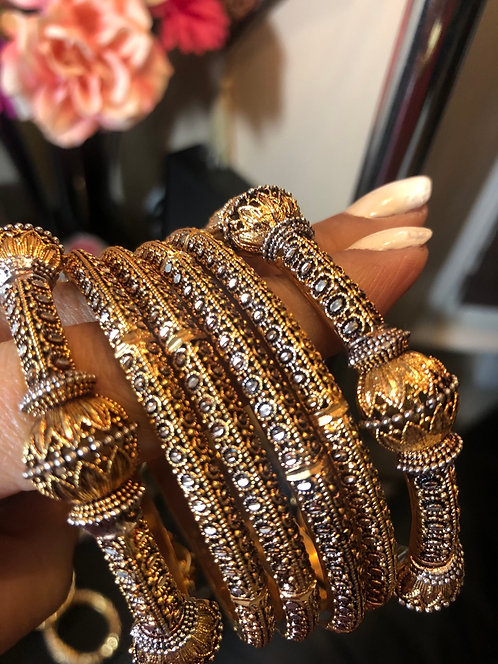 Joyan 24k Goldplated Set of bangles