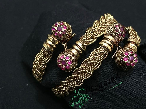 Baila 22k Gold plated Handcrafted Bangles.