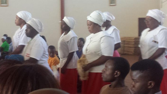 Kury w kościele