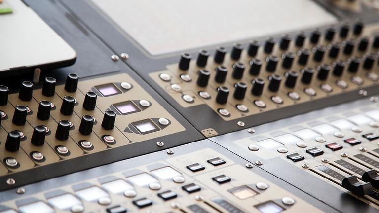 Calage de système de diffusion et multi-diffusion sonore