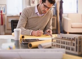 Архитектор на работе
