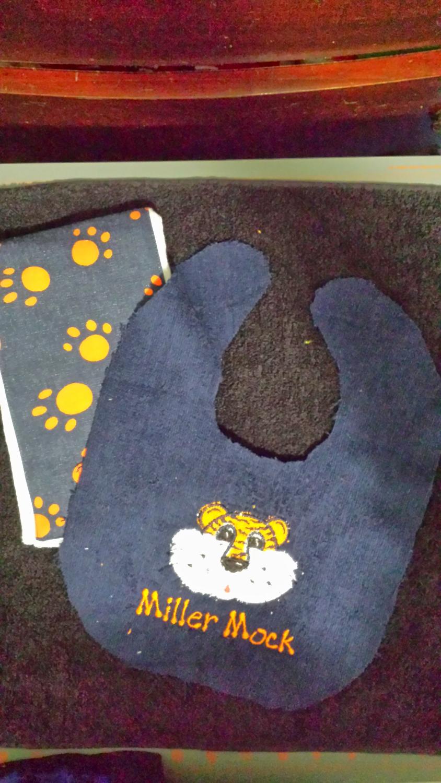 Auburn bib and burp cloth set