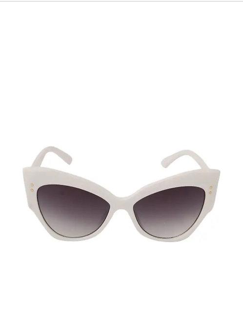 Retro White Retro Cat Eye Sunglasses
