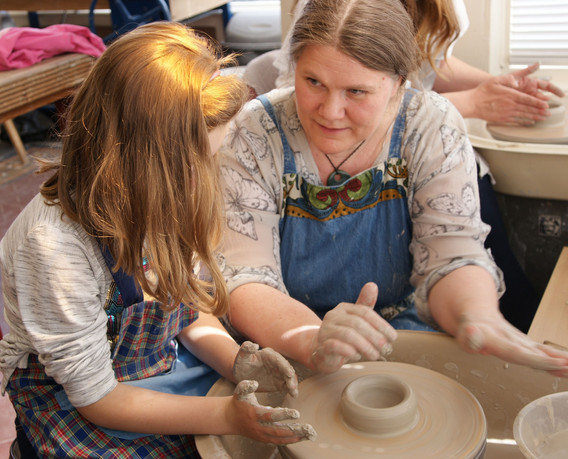 pottery wheel throwing experience scarborough UK