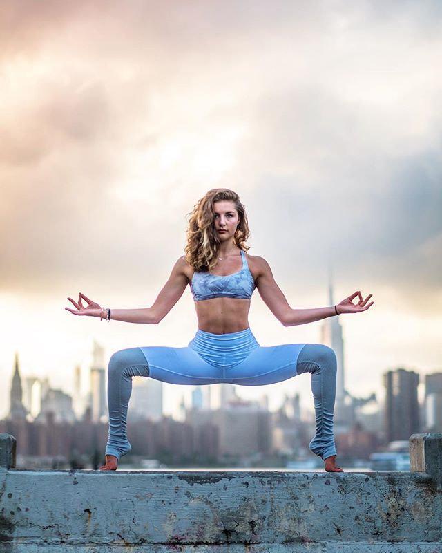 Deep Yoga Flow (Online)