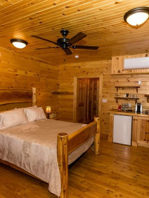 rrl_new_camp_bedroom-768x512.jpg
