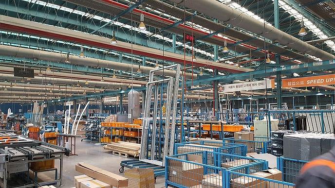industry-warehouse-steel.jpg