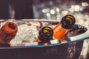 champagne-3515140_1920 (1).jpg
