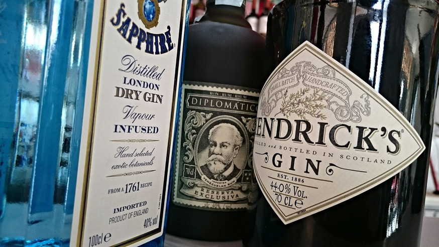 rum-653336_1920.jpg