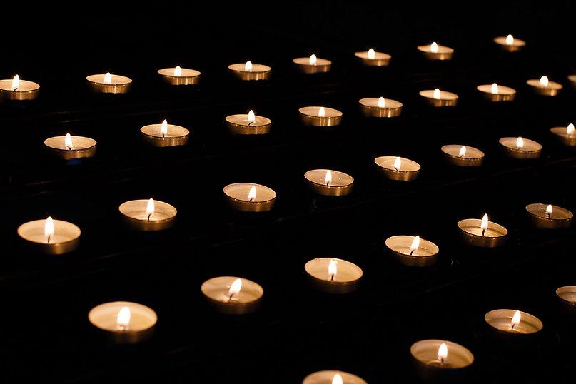 candle-1521246_1920.jpg